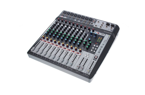 Soundcraft Signature 124